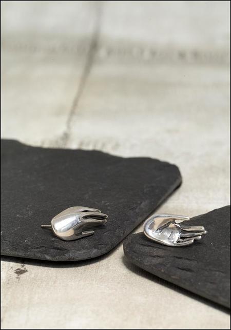 Captve Hand Studs - Silver