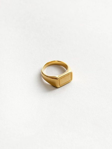 Wolf Circus Parker Ring - Gold