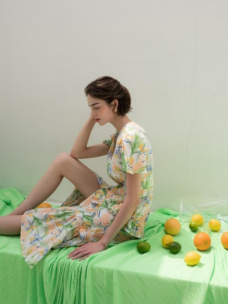 21MAR80 Chapter 3 Tropical Dress - Multi