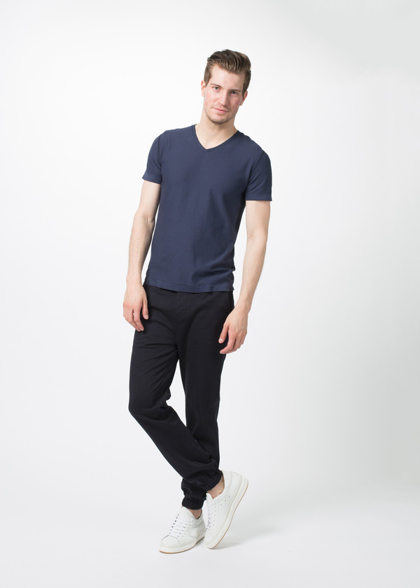 Hannes Roether Yeps V-Neck Tee