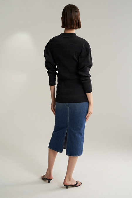 Totême Anzi Pleated Shirt With Laser Cut Finish - Black