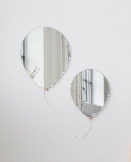 Elements Optimal Balloon Mirror