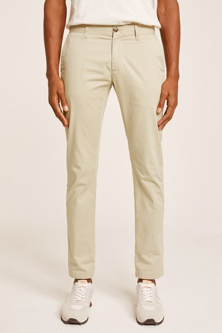 Closed Clothing Clifton Mens Skinny Chino - Highland Clover
