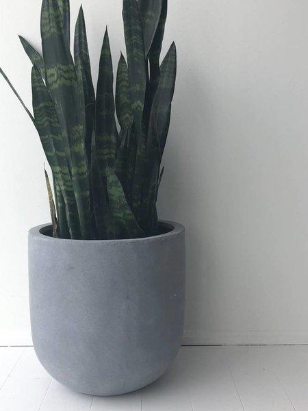 Common House Studio essential small pot