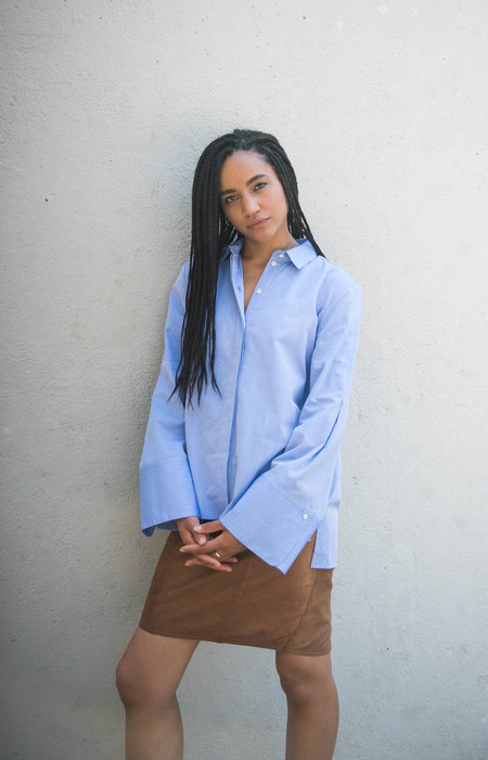 Pause. Lenox Boyfriend Shirt - Blue Chambray