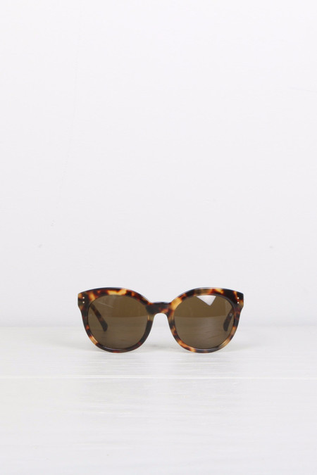 Linda Farrow Round Cat Eye T-Shell