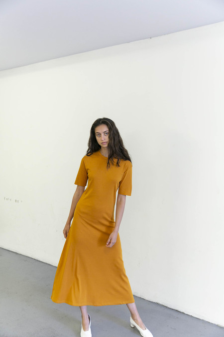 DELFINA BALDA BASIC COLOR SHORT SLEEVE DRESS - APRICOT