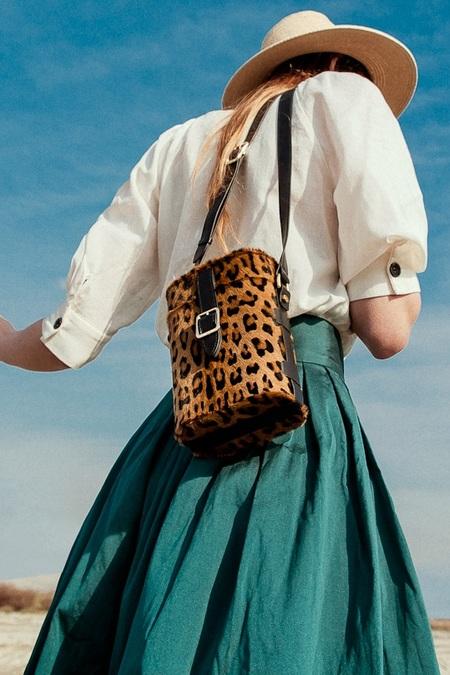 Officina del Poggio Mini Safari Hair Bag - Leo/Nero