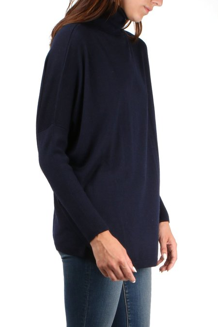 Allude Turtleneck Sweater - Navy