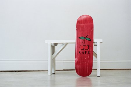Skateboard Cafe Cherry Pub Cruiser - Red