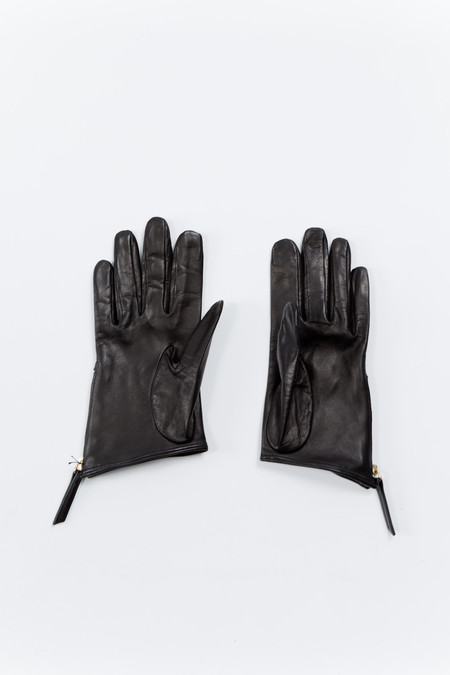 WANT Les Essentiels de la Vie Madeleine Short Zip Glove - Black