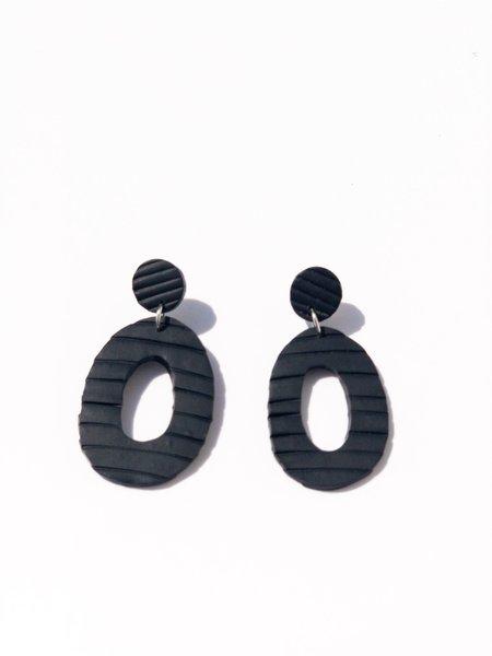 amy george little black earring - black