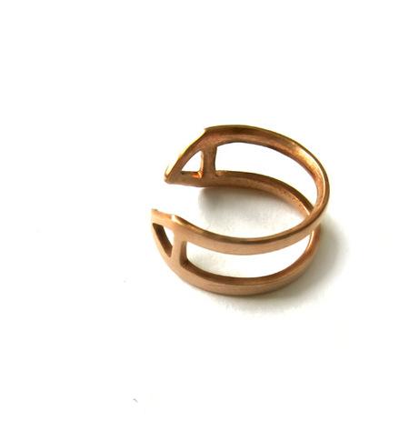 Alynne Lavigne Resort Upper Finger Ring