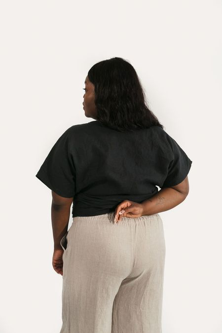 Two Fold Clothing Clara Short Sleeve Linen Top - Black