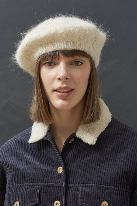 WOOLN THE BERET