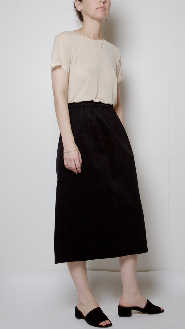 Baserange Fine Corduroy Jogging Skirt in Black