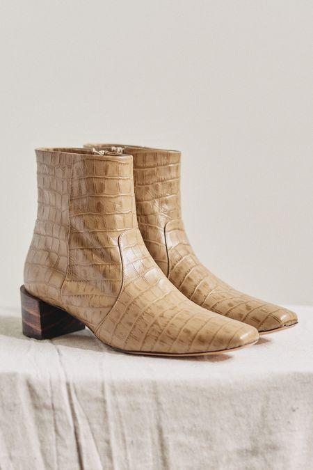 Mari Giudicelli Classic Croco Boot - Avela