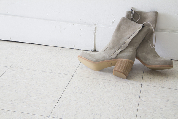 Intentionally Blank PONCHO boot in GREY suede