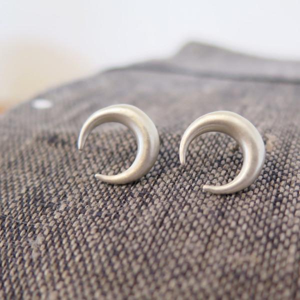 Emmy Trinh Jewelry Lovisa Moon Earrings in Silver