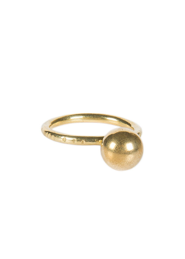 Another Feather Large Pearl Ring