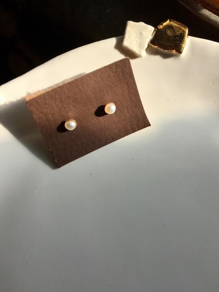 Bartleby Objects Tiny Halo Gold Stud