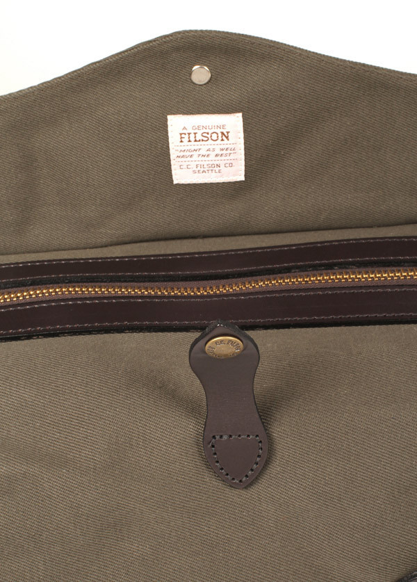 Filson - Small Duffle Bag in Otter Green