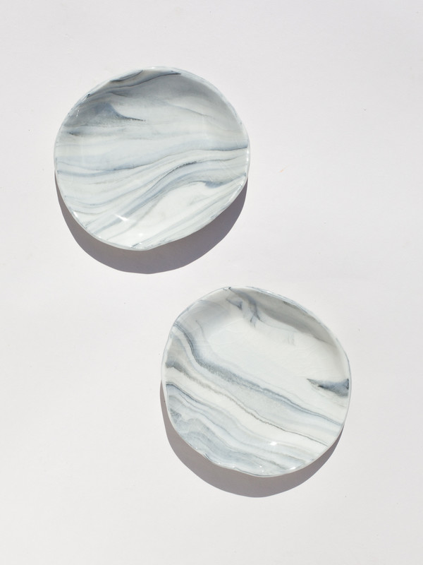 """The Pursuits of Happiness Marbled Dish 4"""""""