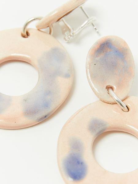 Levens L Circle Tie Dye Earrings