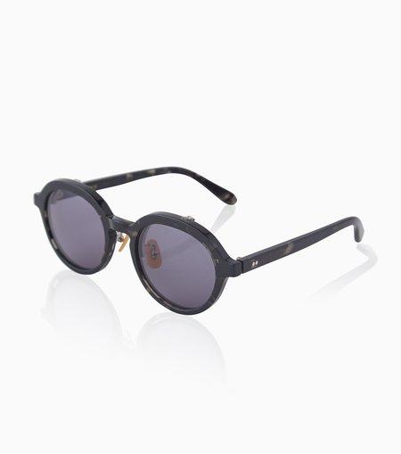 PHIGVEL MAKERS & Co. Specs Artisan Sunglasses - Marble Black