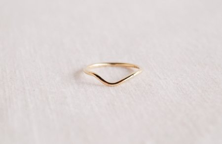 M. Hisae Masumi Contour Band Ring - Gold