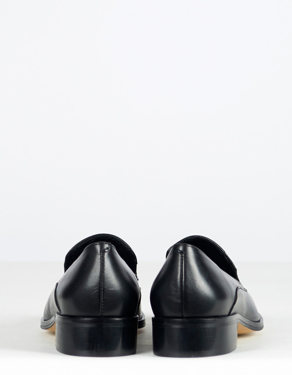 Intentionally Blank Temple Loafer Black