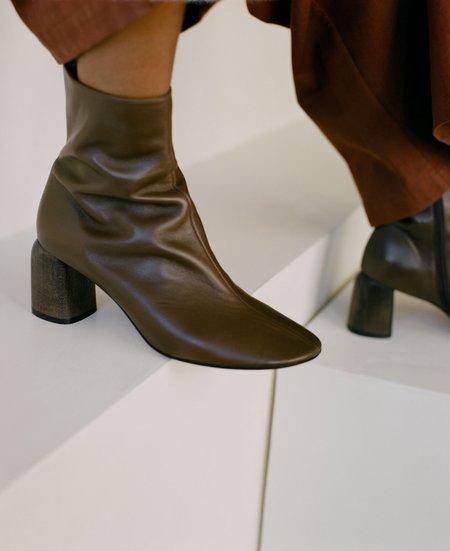 LOQ Georgia Boots - Mousse