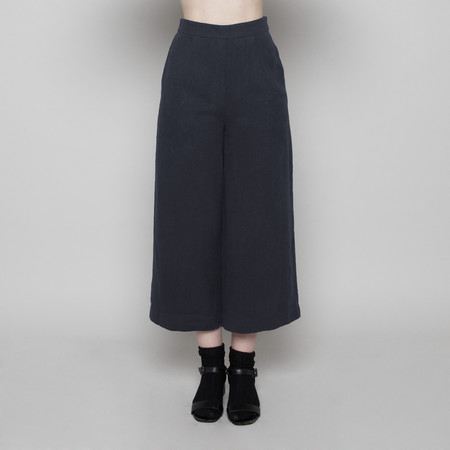7115 by Szeki Wide-Legged Cropped Trouser- Navy FW16