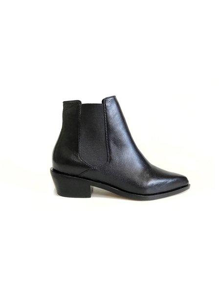 Fortress of Inca Domenica Boot - black
