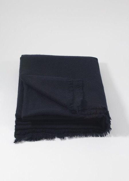 IRIS DELRUBY plain twill cashmere scarf - night blue