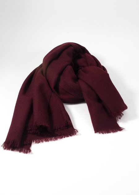 IRIS DELRUBY plain twill cashmere scarf - vine