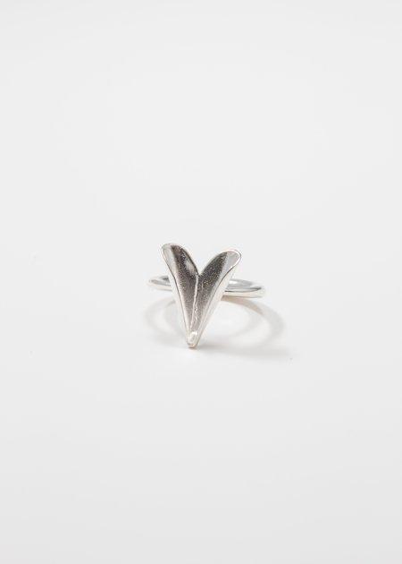 MIRIT WEINSTOCK petite folded heart ring - Silver