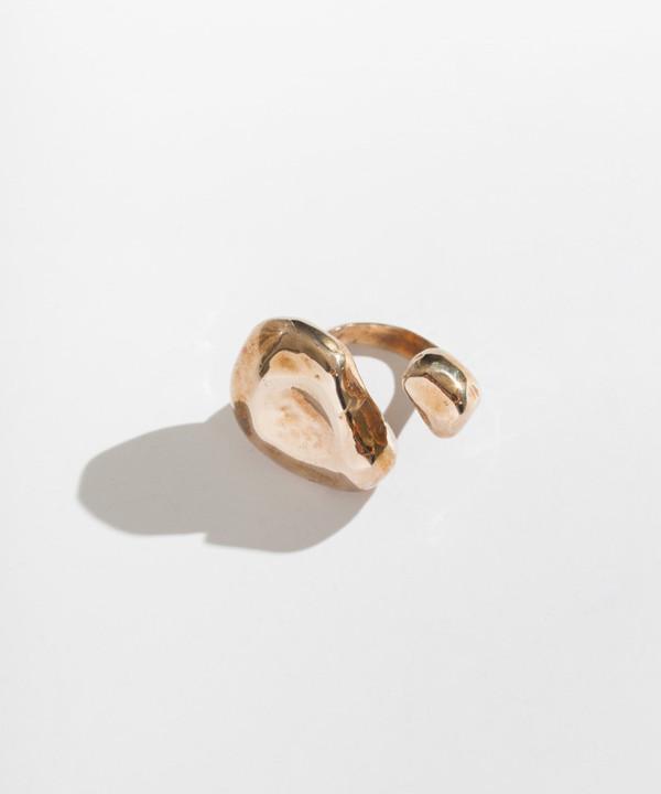 Faris Float Ring