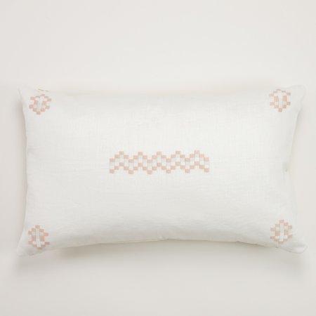 Aid To Artisans Cruz Pillow - Pale pink/Pearl/Black