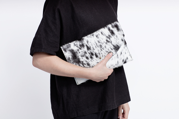 Primecut GREY LEATHER ENVELOPE CLUTCH