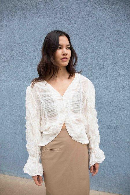 JOWA. Deventi V-Neck Lace Shirt