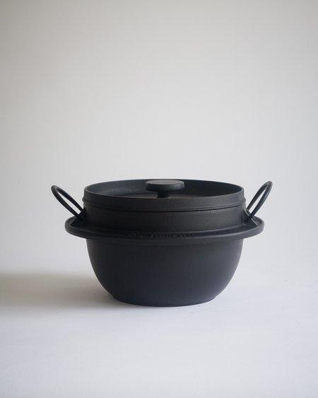 Iwachu Cast Iron Rice Pot - black