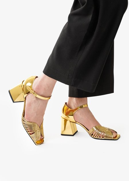 Suzanne Rae 70s Strappy Sandals - Gold
