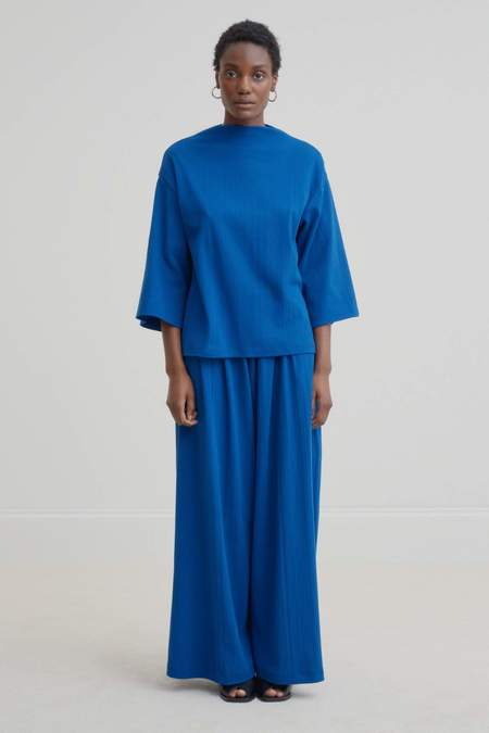 Kowtow Funnel Neck Top - Electric Blue