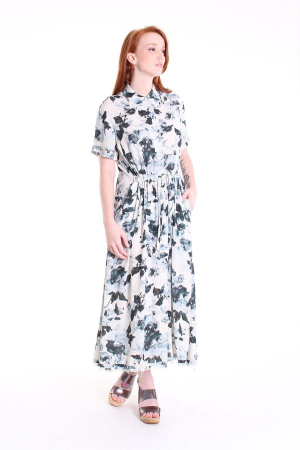 Raquel Allegra Button-up dress in natural floral