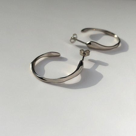 BAR Jewellery Ripple Earrings - Silver/Rhodium