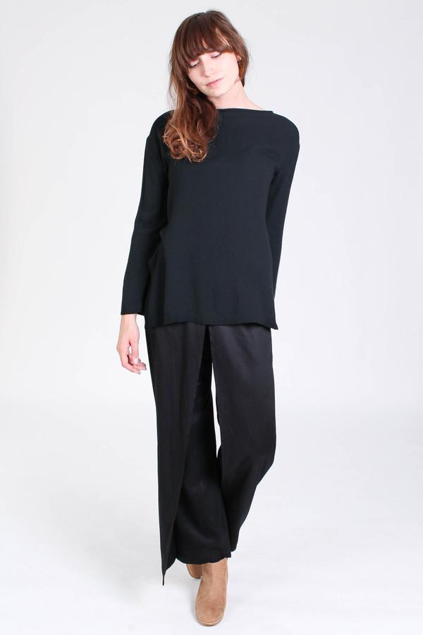 Black Crane Long slit top in black