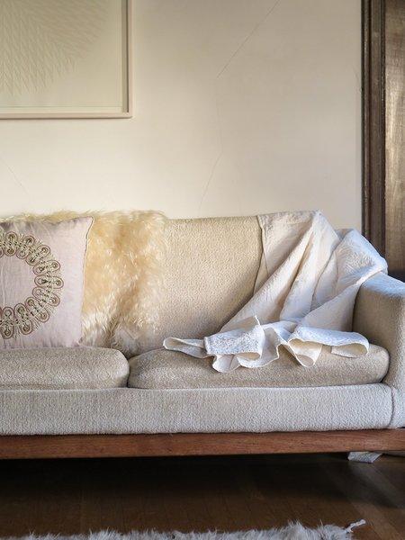 Erica Tanov signature kantha quilt - white/natural