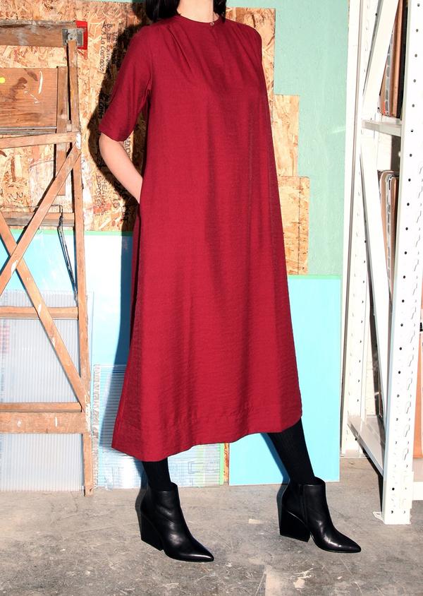 Sunja Link 'Back Yoke' dress in Royal blue