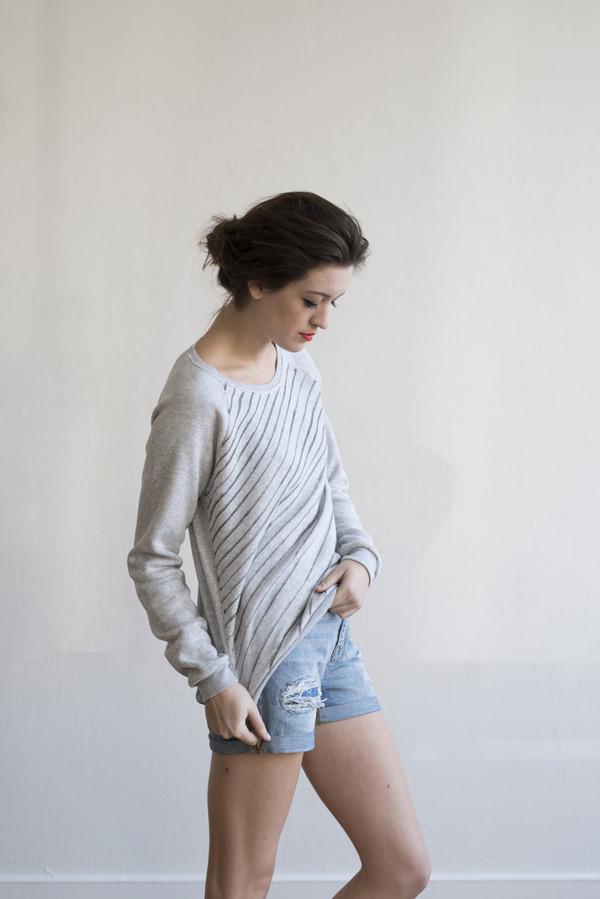 Anna Joyce - Sweatshirt Wavy Lines